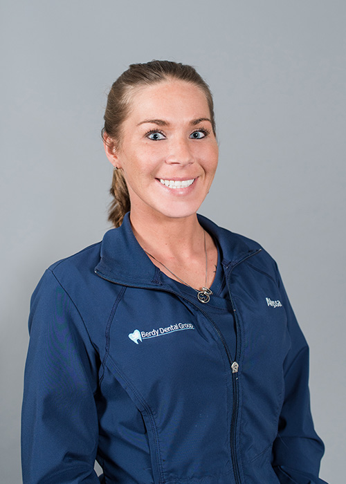 Alyssa a Dental Assistant with Berdy Dental Group in Jacksonville, FL.