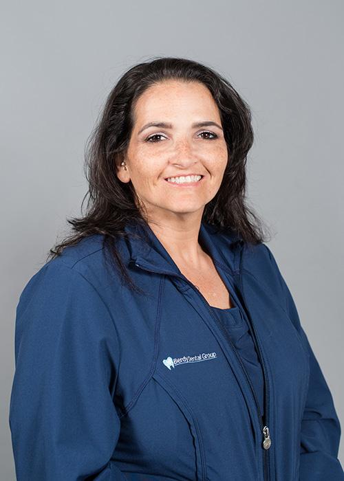 Aysha a Dental Assistantwith Berdy Dental Group in Jacksonville, FL.